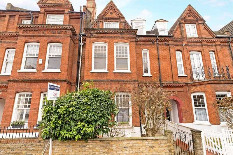 3 Bedrooms Terraced House for sale in Kersley Street, London, SW11
