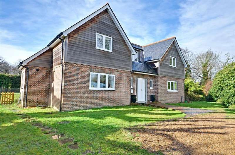 4 Bedrooms Detached House for sale in Main Street Beckley, Rye