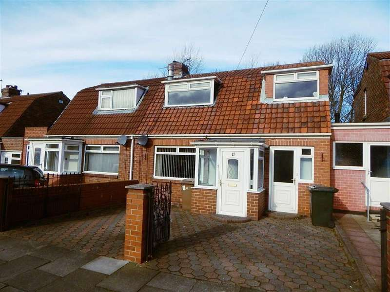 3 Bedrooms Semi Detached House for sale in Rae Avenue, Kings Estate, Wallsend, NE28