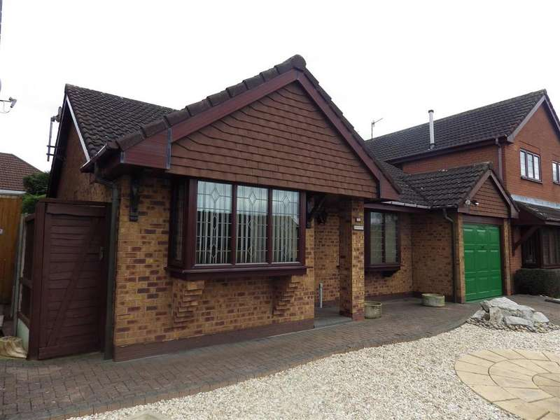 3 Bedrooms Detached House for sale in The Mount, Cradley Heath