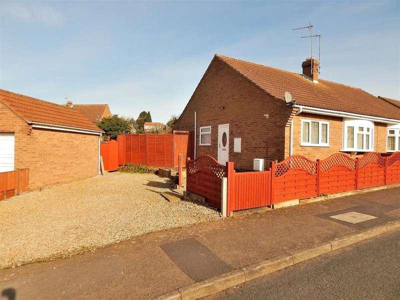 2 Bedrooms Semi Detached Bungalow for sale in Kingscroft, Dersingham, King's Lynn