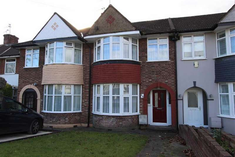 3 Bedrooms Property for sale in Hampden Way, Southgate, London