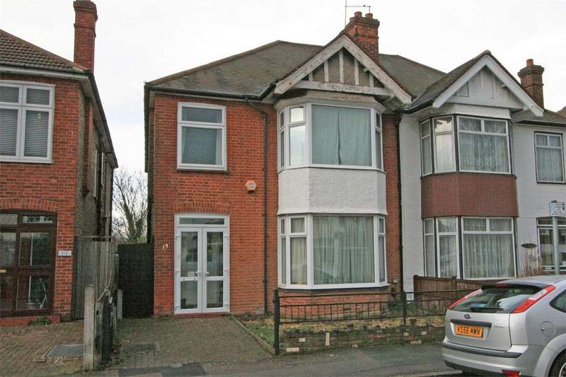 4 Bedrooms Semi Detached House for sale in Siward Road, Bromley, Kent