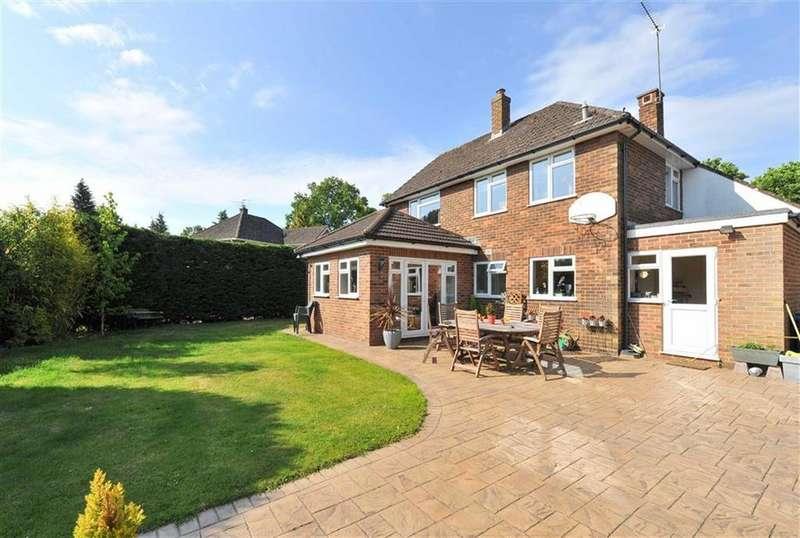 4 Bedrooms Detached House for sale in School Hill, Farnham, Surrey