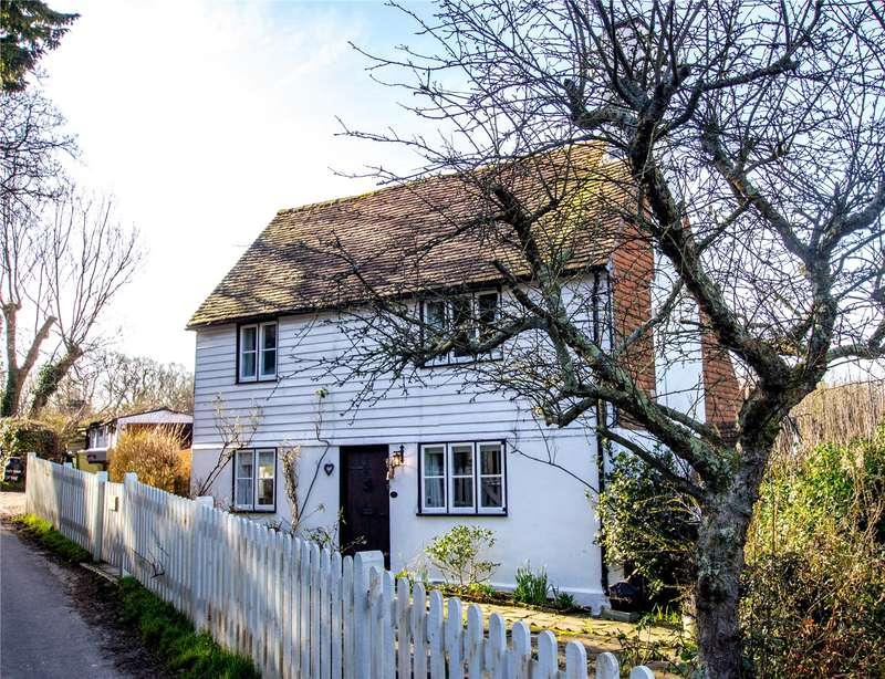 3 Bedrooms Detached House for sale in Henley Down, Catsfield