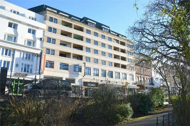 1 Bedroom Flat for sale in Bourne Avenue, Bournemouth, Dorset
