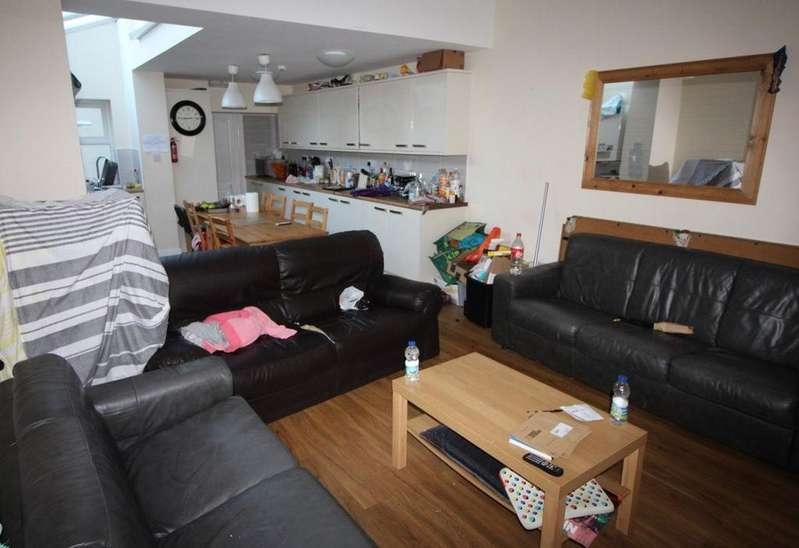 9 Bedrooms House for rent in 119 Tiverton Road, B29 6BS