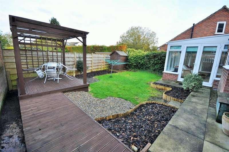 4 Bedrooms Detached House for sale in Millfield Lane, Nether Poppleton, York