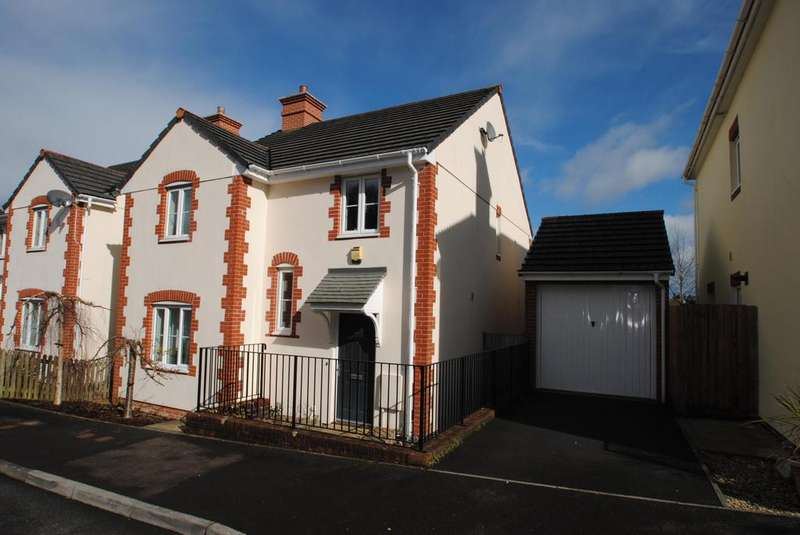 4 Bedrooms Detached House for sale in Kensey Valley Meadow, Launceston