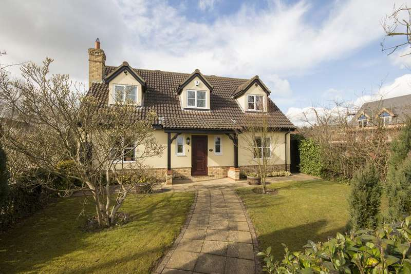 4 Bedrooms Detached House for sale in Long Road, Comberton