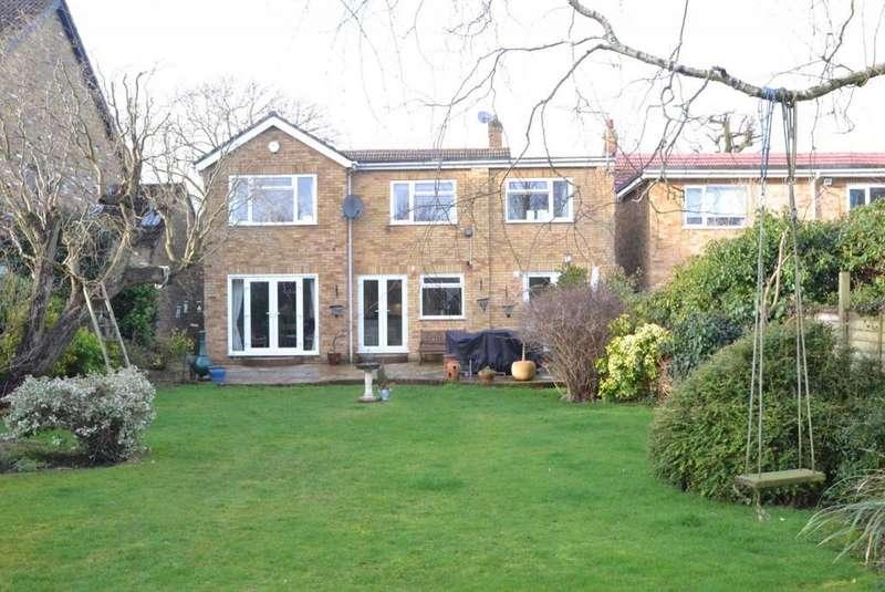 5 Bedrooms Detached House for sale in Downham Road, Ramsden Heath, Billericay, Essex, CM11
