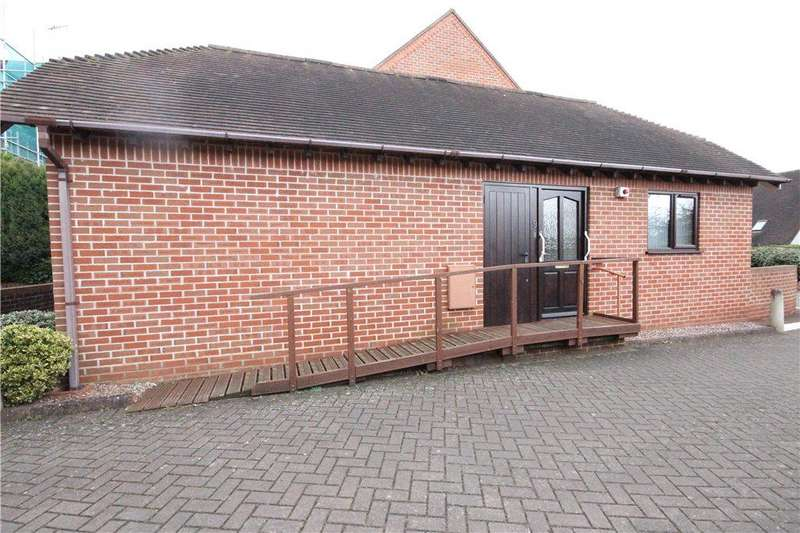 1 Bedroom Terraced Bungalow for sale in Weir Gardens, Pershore, Worcestershire, WR10