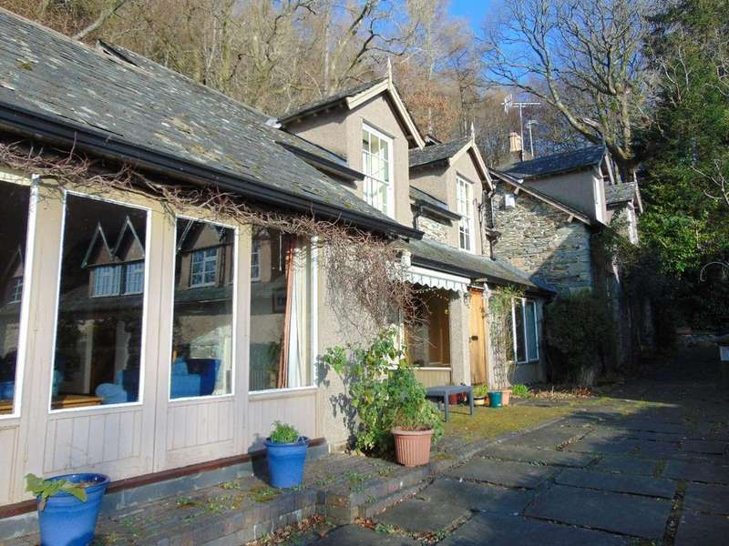 4 Bedrooms Detached House for sale in Old Coach House, Underskiddaw, Keswick, Cumbria, CA12 4QA