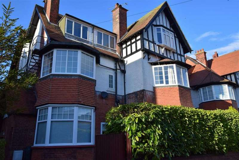 2 Bedrooms Apartment Flat for sale in 29 Holbeck Avenue, Scarborough, North Yorkshire