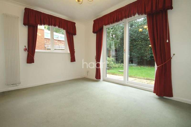 4 Bedrooms Semi Detached House for sale in LITTLEBROOK