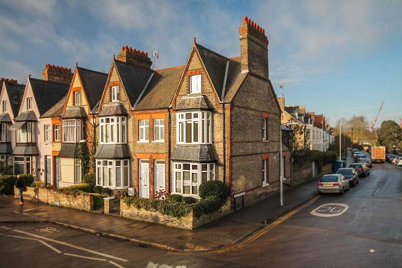 5 Bedrooms End Of Terrace House for rent in Tenison Road, Cambridge