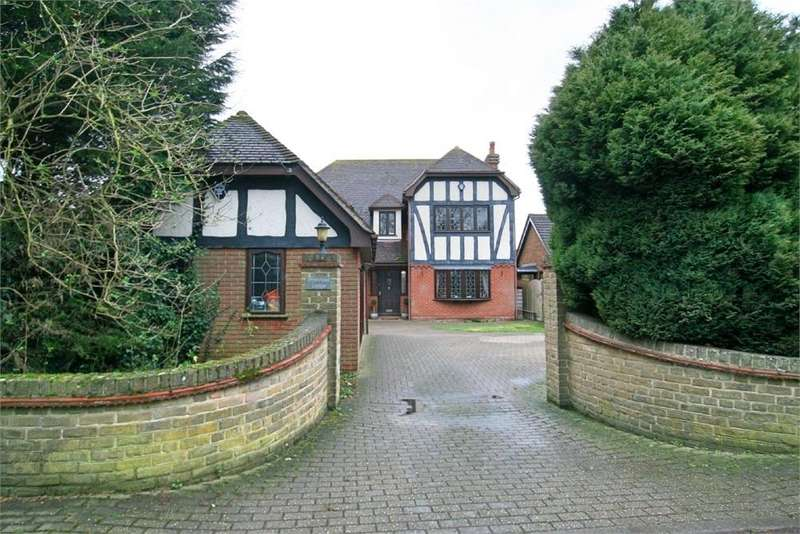 4 Bedrooms Detached House for sale in Primrose Lodge, Drapers Chase, Heybridge, MALDON, Essex