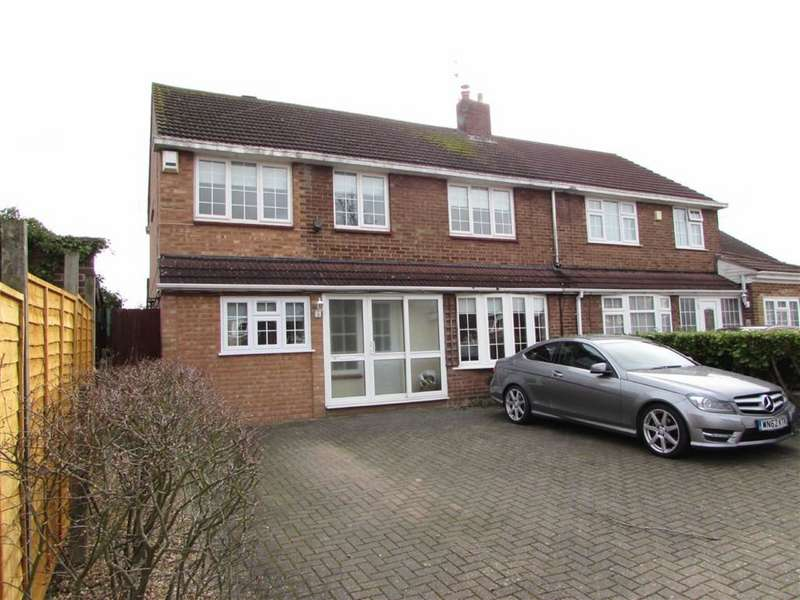 4 Bedrooms Property for sale in Hadrian Avenue, Dunstable, Bedfordshire, LU5