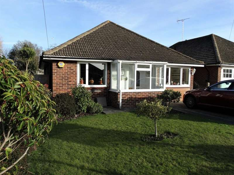3 Bedrooms Detached Bungalow for sale in Middleton on Sea