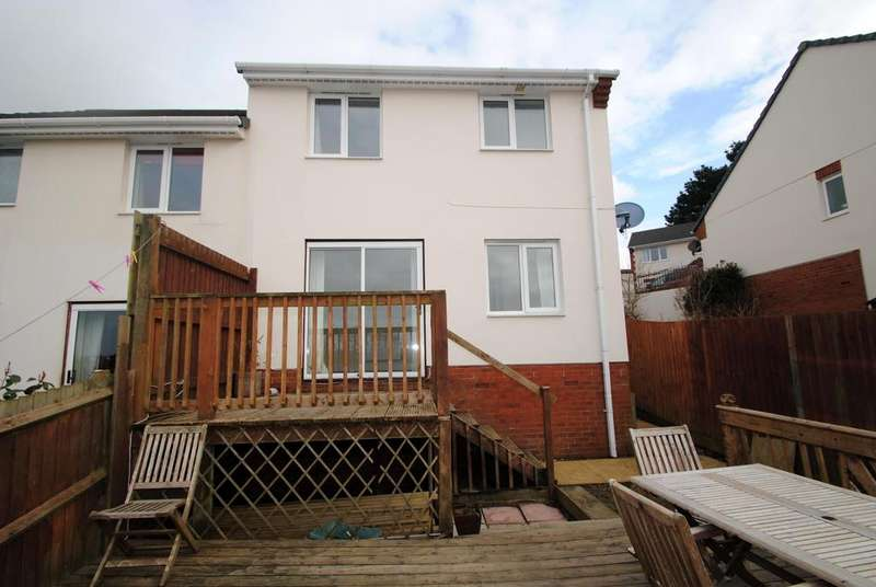 3 Bedrooms Semi Detached House for sale in East Ridge View, Bideford