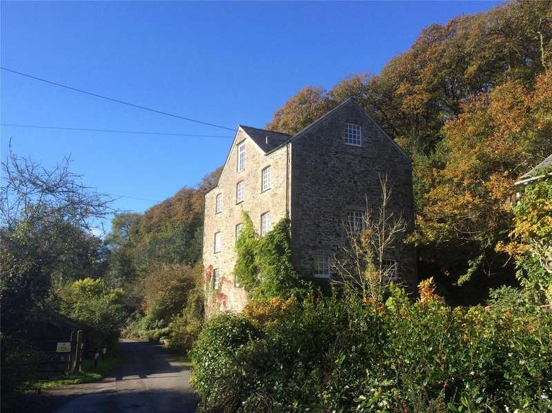 4 Bedrooms Detached House for sale in Grampound Road, Truro, Cornwall