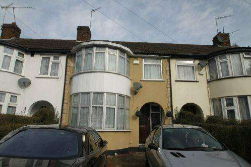 3 Bedrooms House for sale in Lancaster Ave, Slough
