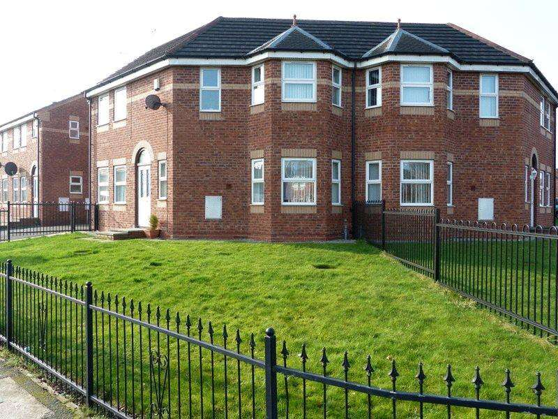 3 Bedrooms Semi Detached House for sale in Barker Street, Crewe, Cheshire, CW2