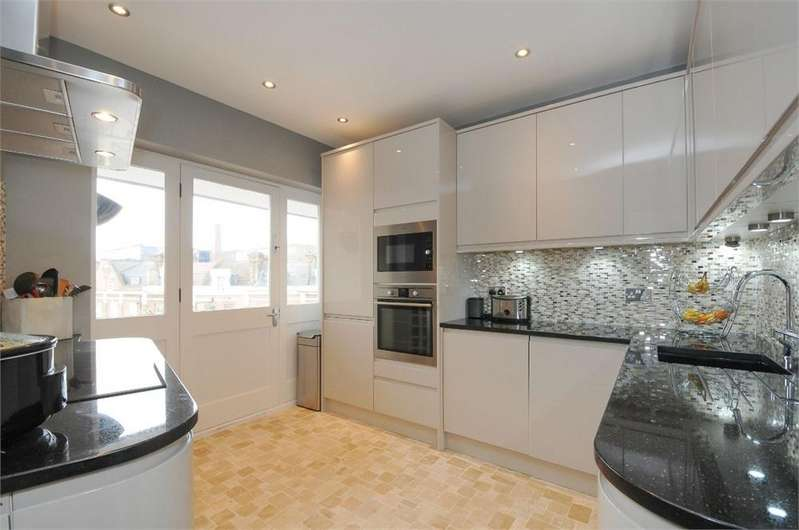 2 Bedrooms Flat for sale in Trocette Mansions, Bermondsey Street, SE1