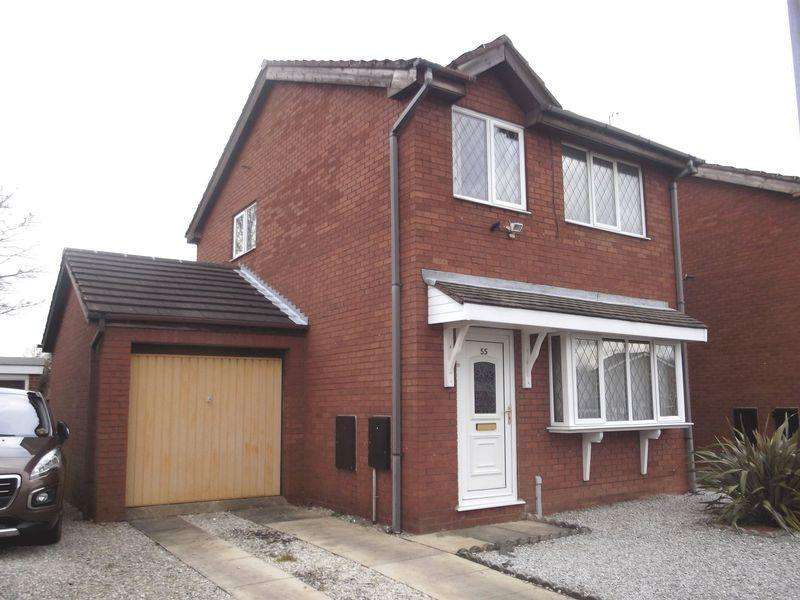 3 Bedrooms Detached House for sale in Nunburnholme Park, Hull