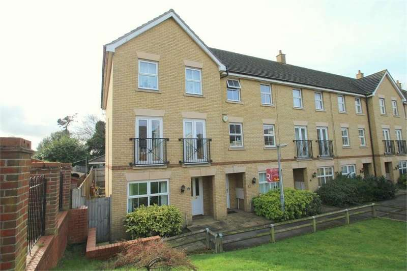 3 Bedrooms Terraced House for sale in Rowan Place, COLCHESTER, Essex
