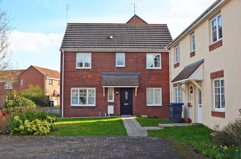 3 Bedrooms Detached House for sale in Izod Road, Rugby