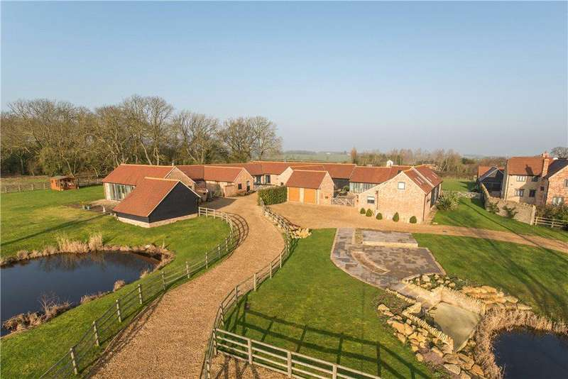 4 Bedrooms Barn Conversion Character Property for sale in West End, Stagsden, Bedford, Bedfordshire