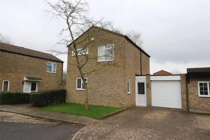 3 Bedrooms Detached House for sale in Hastings Close, Stevenage, Hertfordshire