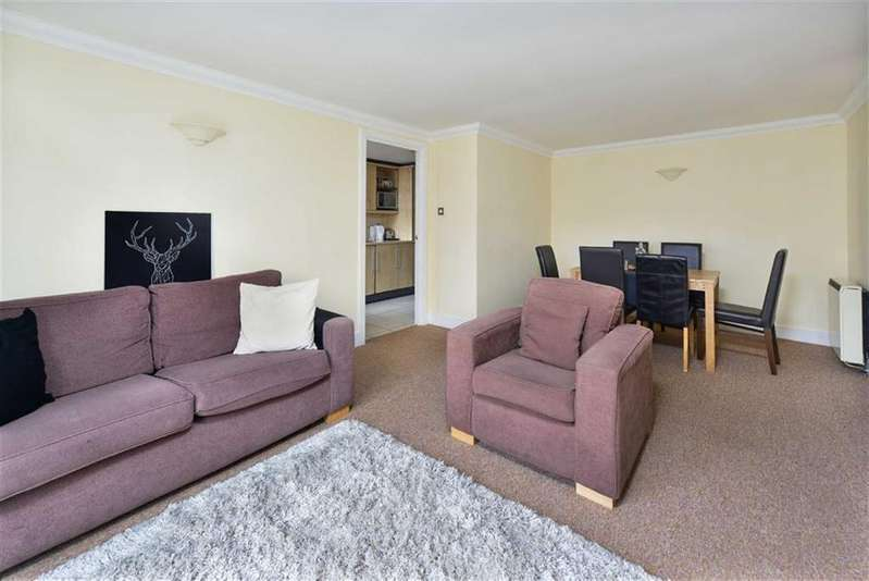 2 Bedrooms Flat for sale in Melville Place, East Canonbury