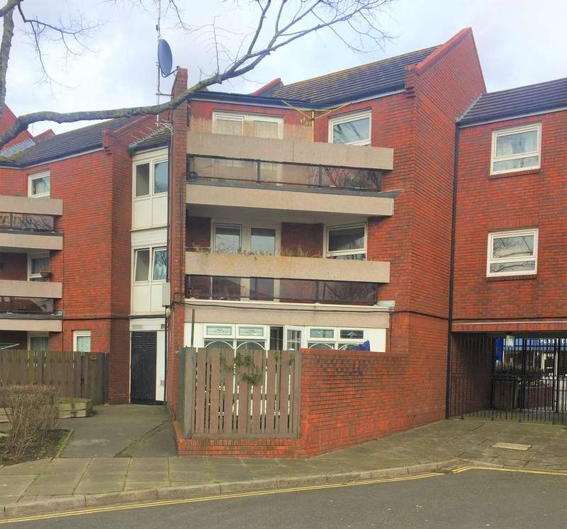 1 Bedroom Ground Flat for sale in Kingston Road, Portsmouth PO2