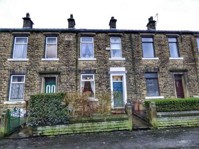 3 Bedrooms Terraced House for sale in Lambgates, Hadfield, Glossop, Derbyshire, SK13
