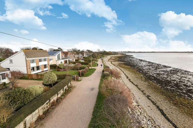 3 Bedrooms Detached House for sale in Western Parade, Emsworth, PO10