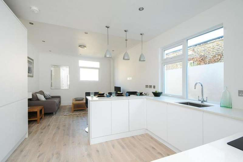 3 Bedrooms Maisonette Flat for sale in Colwith Road, Hammersmith, W6