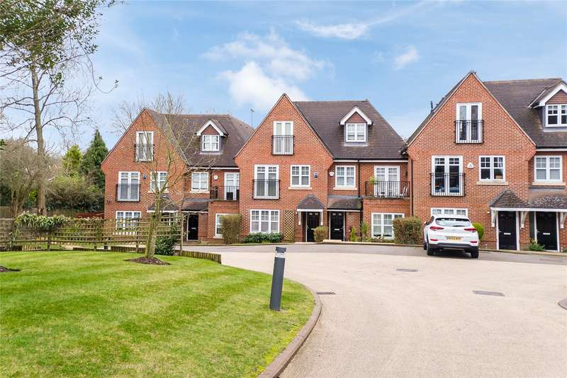 4 Bedrooms Terraced House for sale in Tower View, Bushey Heath, WD23