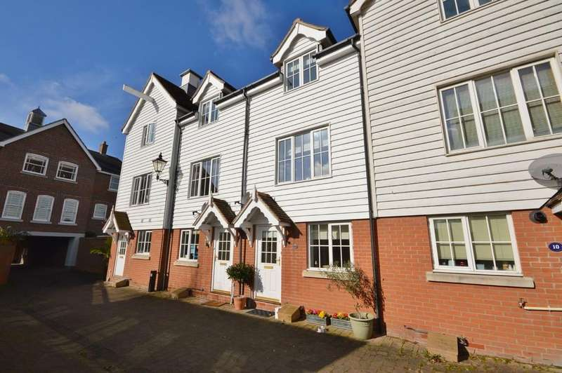 3 Bedrooms Town House for sale in Valonia Drive, Wivenhoe