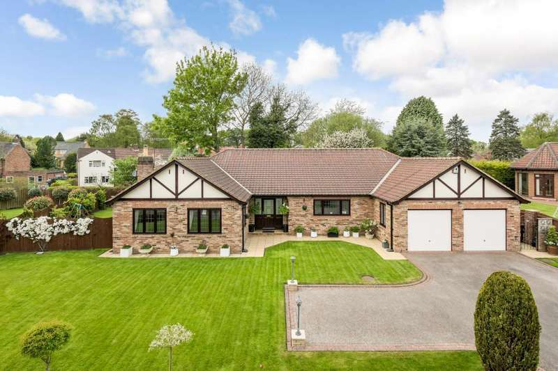 3 Bedrooms Detached Bungalow for sale in Ripley Road, Knaresborough, North Yorkshire