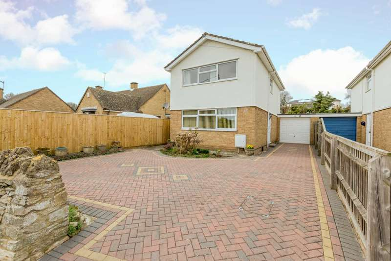 3 Bedrooms Detached House for sale in Moorland Road, Witney