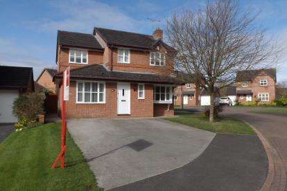 4 Bedrooms Detached House for sale in Newtons Crescent, Winterley, Sandbach, Cheshire
