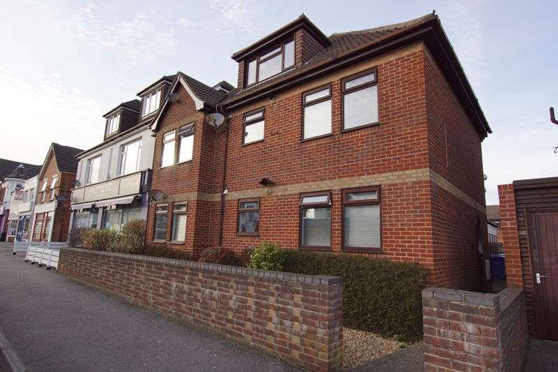 1 Bedroom Flat for sale in Douglas Gardens, Parkstone, Poole