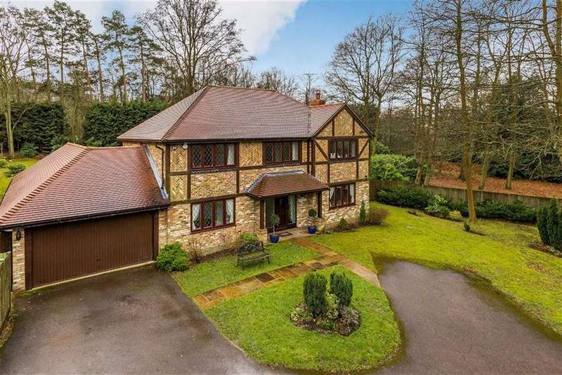 5 Bedrooms Detached House for sale in Church Lane, Ewshot, Farnham