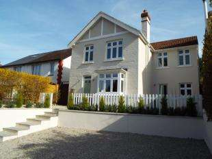 4 Bedrooms Detached House for sale in Sutton Road, Maidstone, Kent, .