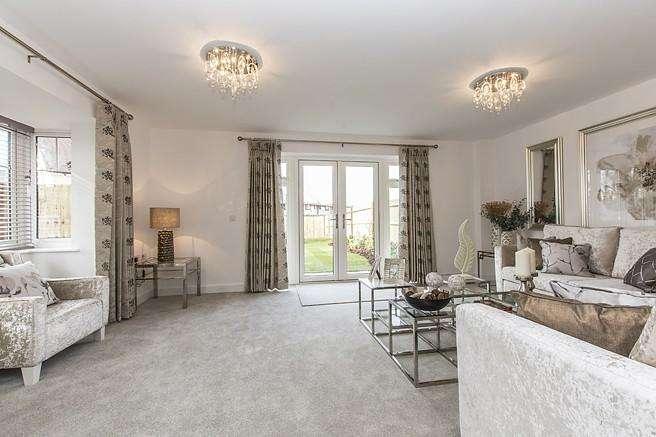 4 Bedrooms Detached House for sale in Fox's Furlong, Yapton Road, Barnham, PO22
