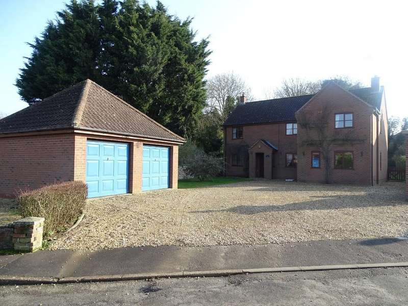 5 Bedrooms Detached House for sale in Old Methwold Road, Whittington
