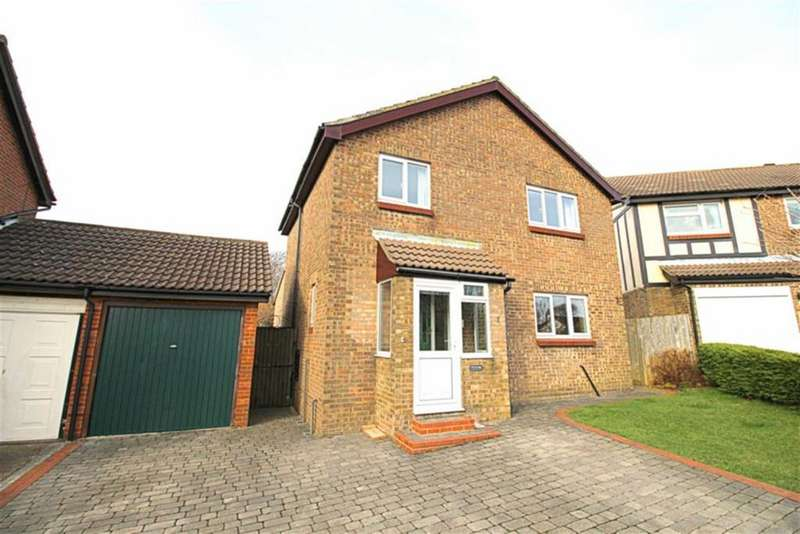 4 Bedrooms Detached House for sale in Telham Close, Hastings