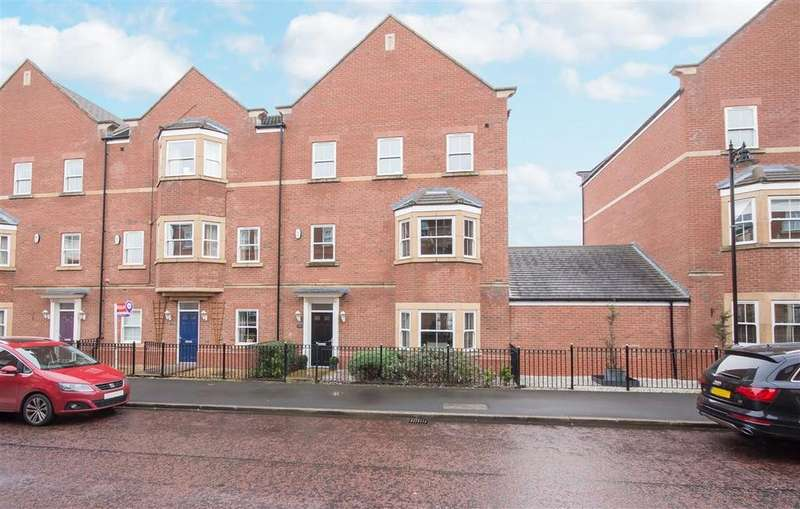 4 Bedrooms Town House for sale in 101 Featherstone Grove, Great Park, Gosforth, Newcastle upon Tyne NE3